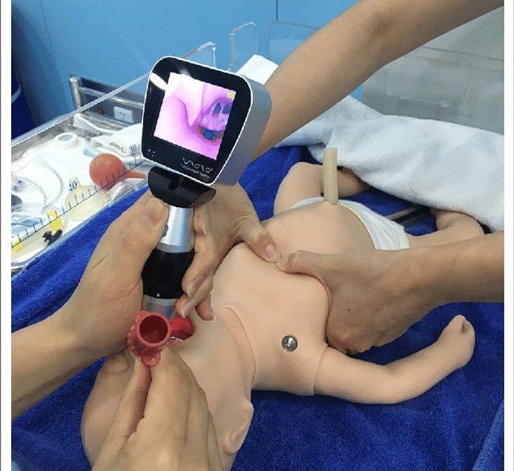 La video laringoscopia e la laringoscopia diretta per l'intubazione tracheale nei neonati: sono così tante le differenze?